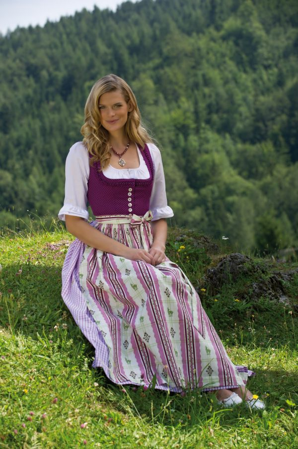 2904 best dirndl images on pinterest dirndl dress oktoberfest and traditional dresses. Black Bedroom Furniture Sets. Home Design Ideas
