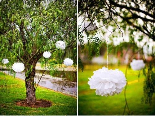 Outdoor wedding decor wedding-ideas: Outdoor Wedding, Ideas, Paper Garlands, Pom Poms, Paper Pom Pom, Pompom, Trees Decor, Decor Parties, Tissue Pom