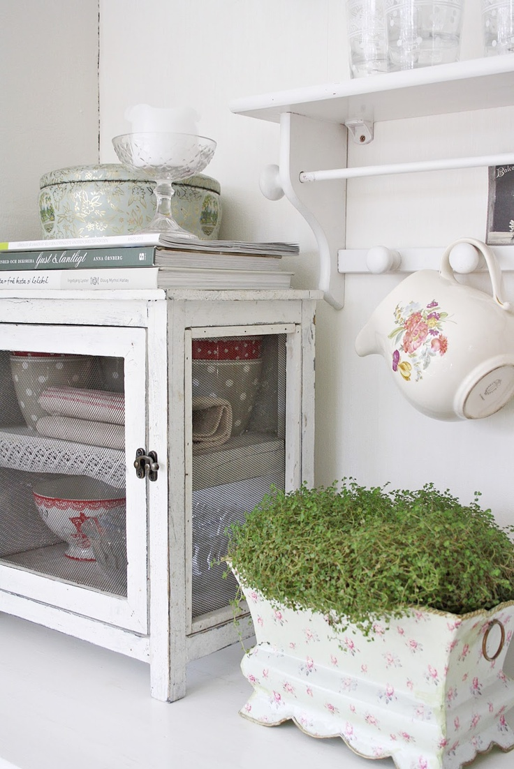 Shabby Chic Country Kitchen 62 Best Images About Vliegenkastje On Pinterest Search Shabby