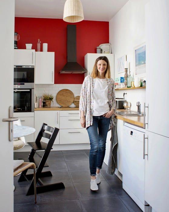 Charlotte, Paris 2ème - Inside Closet