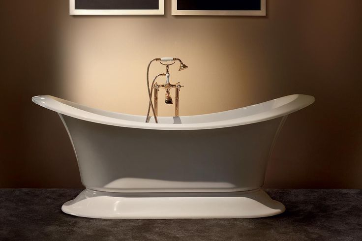 Free-standing bathtub / oval / acrylic GRAND SOLEIL by Paolo Parea GRUPPO TREESSE
