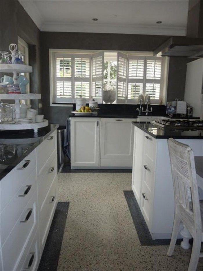 kleine keuken ideeen grijs en wit - Google zoeken