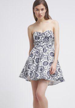 Elegancka letnia sukienka