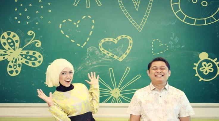Tips Foto Prewedding Hijab Gaya Modern