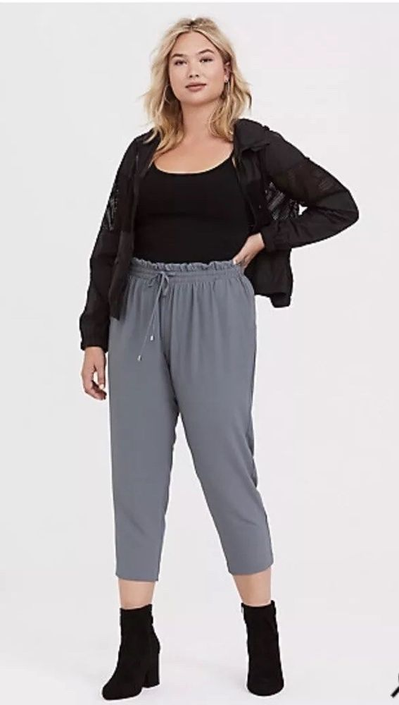 c12e85519fb1d Torrid Cropped Crepe Pant Size 4  fashion  clothing  shoes  accessories   womensclothing  pants (ebay link)