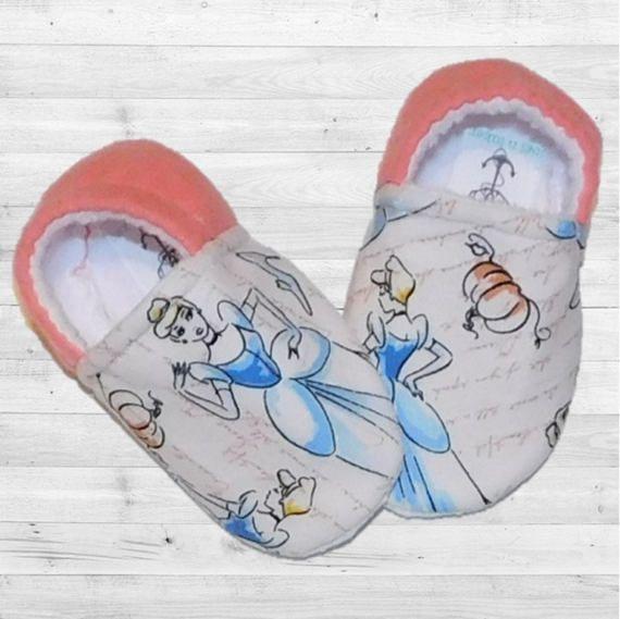 Disney Cinderella Sketch Moccasin Crib Shoes