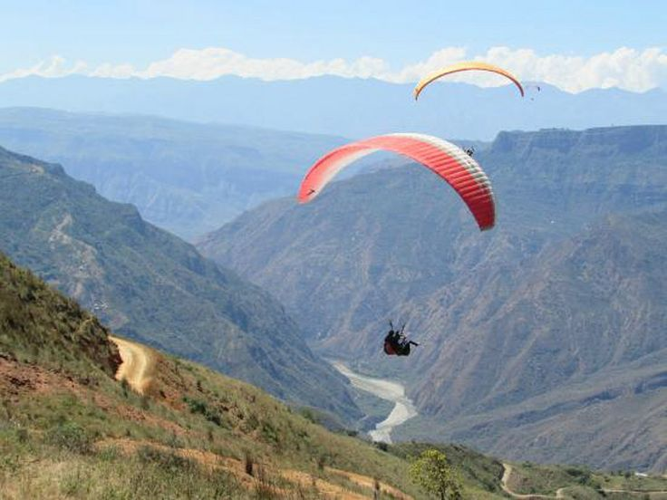 Paraglide in Colombia - More information of our packages at Aventurecolombia.com - Virgin lands for a beautful flight in Chicamocha Cañon ! Discover beautiful videos images and info of Colombia on : YOUTUBE   INSTAGRAM   FACEBOOK - Abenteuertourismus adventure Agence de voyage agence de voyage en ligne agence de voyage pas cher agence de voyages en ligne agencia de viagem agencia de viaje agenzia di viaggio Aventure Colombia backpacker Caraïbes circuits circuits touristiques Colombia…