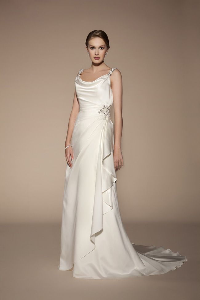 6 of the best wedding dresses with straps from Benjamin Roberts 5