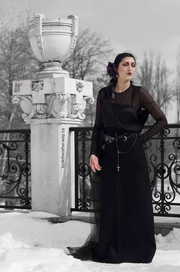 Release The Dragonfly - Style Suggestions - Looktheotherway.co  #gothic #flapper #galliano #gothique #elloneandreea