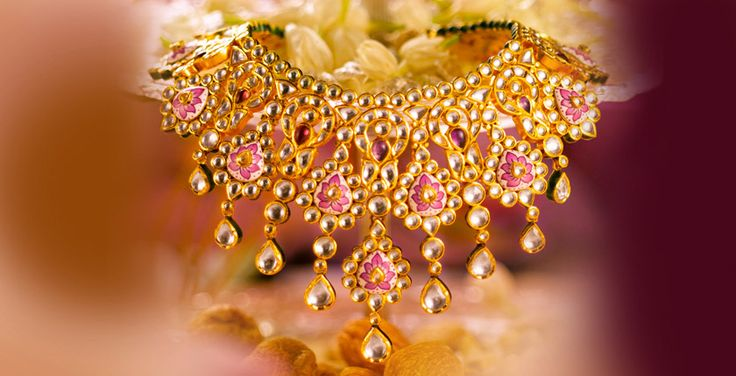 Tanishq - A Wedding To Remember - I loved this jewellery piece from Tanishq #aWeddingToRemember Check it out+now! PRODUCT CODE : 2813NDB