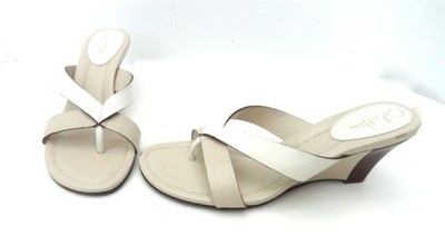 COLE HAAN WHITE TAN NUDE BEIGE CREAM GOLD WEDGE HEELS SANDALS LEATHER 9