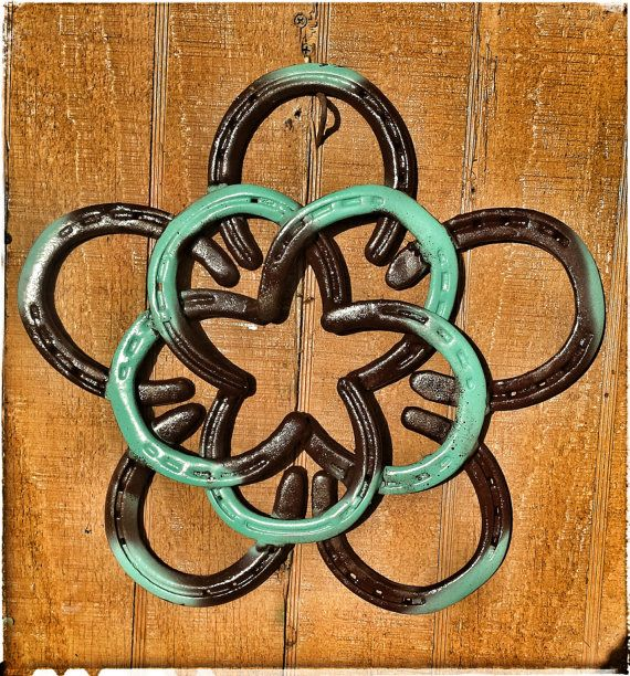 Horseshoe Star Flower Wreath by KadysKustomKrafts on Etsy, $70.00