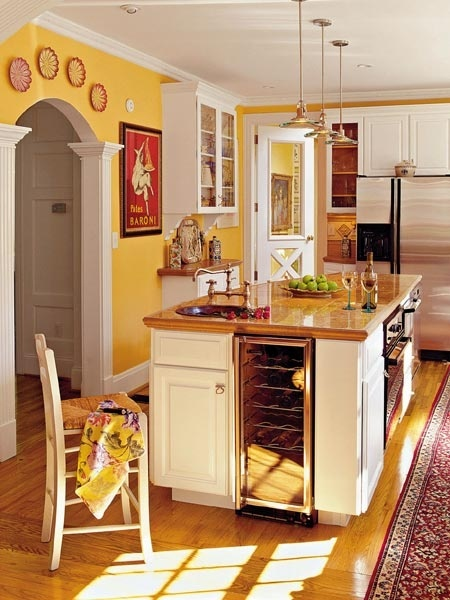 yellow kitchen guess i 39 ll keep that pic on the wall when i move