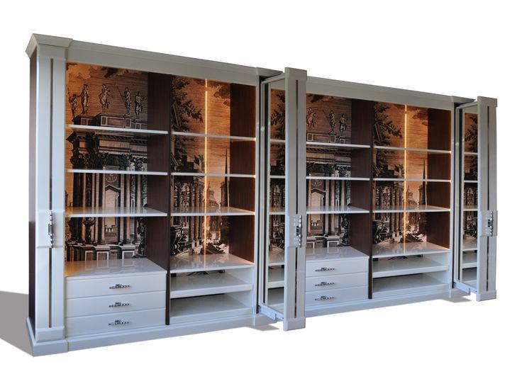 Montecarlo cabina armadio, Elegante cabina armadio in laccato bianco