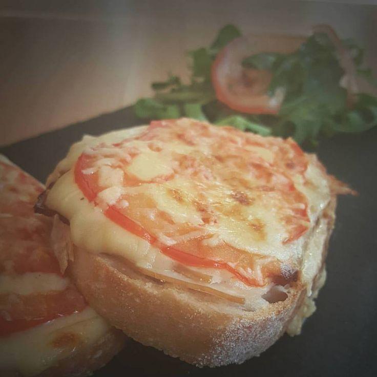 Hot Brown Sandwiches