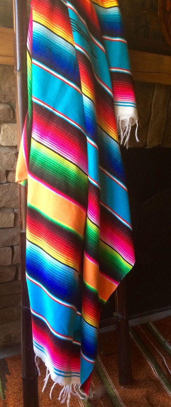Une couverture Mexicaine aux couleurs brillantes.