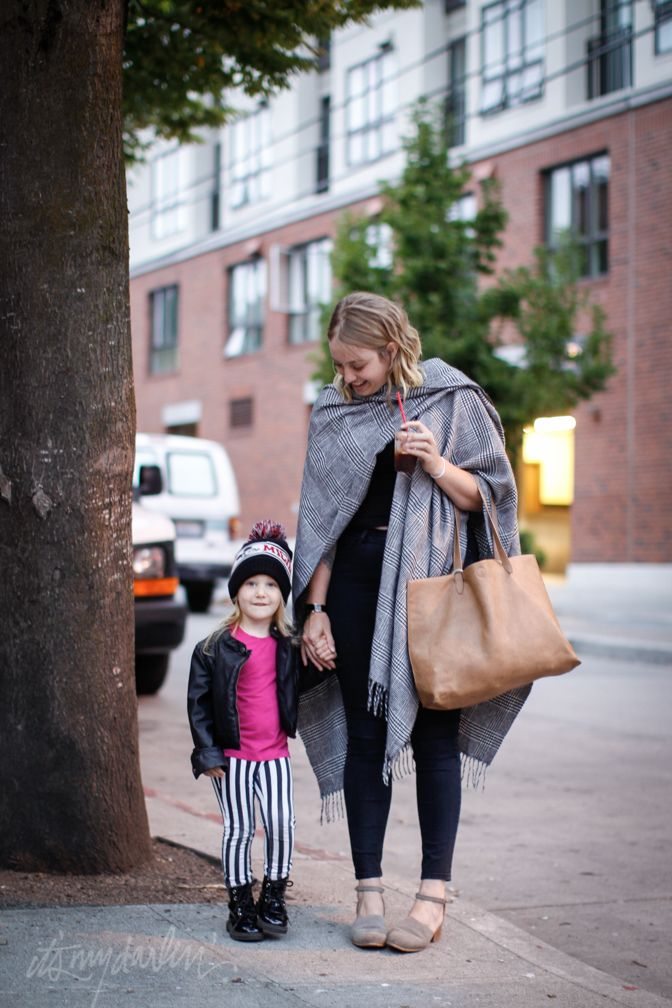 it's my darlin' seattle street style: Blankets as scarves
