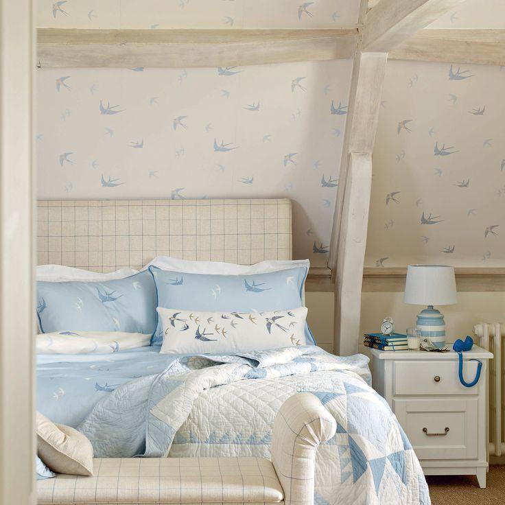 Blue Birds Off White/Seaspray Blue Wallpaper