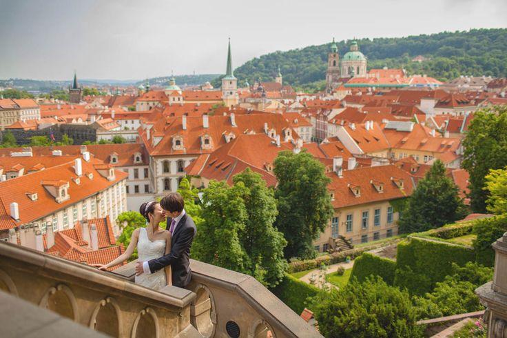 a couple from Hong Kong  & the Czech Republic share a moment at one of Prague's Castle gardens www.KurtVinion.com
