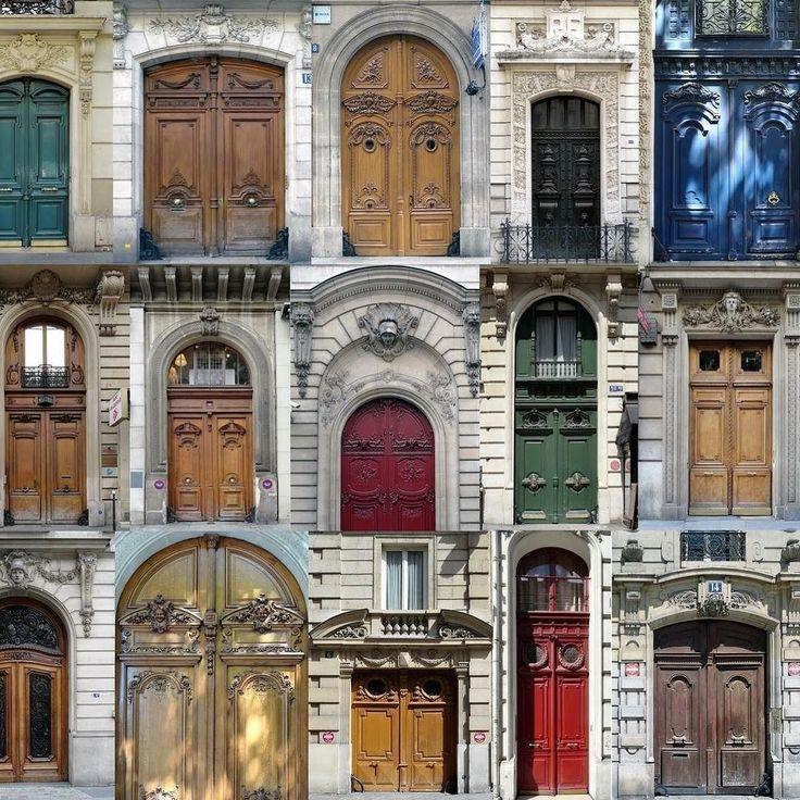 Seçtiğimiz kapılar karakterimizin aynasıdır  Yaşamımızdaki her adımda bir kapıdan geçmek zorundayız. Bazısı açılıp bizi içeri alır bazısının yalnızca önünden geçeriz bazısı yüzümüze kapanır. Ve bu kapıların her biri değişik ölçü şekil malzeme model ve görünüştedir. Dolayısıyla kişiliğimizi ortaya çıkaracak olan şey beğendiğimiz bir kapıdan başka ne olabilir ki? Örneğin canlı renkte çarpıcı detayları olan bir kapı seçerseniz bu sizin orijinal ve ilginç bir kişiliğiniz olduğunu gösterir. Koyu…