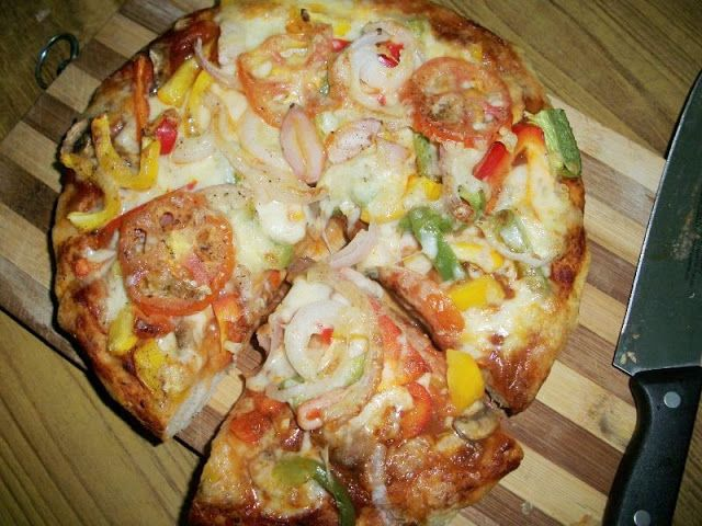 YUMMY TUMMY: Vegetable Cheese Pizza