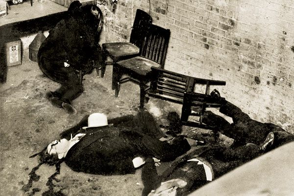 The grisly aftermath of the St. Valentine's Day Massacre, Chicago, 1929