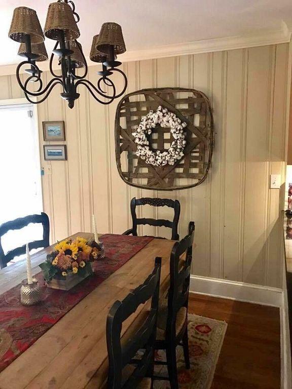 Tobacco Basket Decor 38 Primitive Dining Rooms