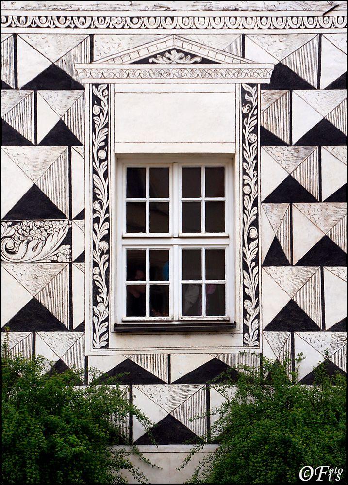 Window in Mikulov, is a town in de South Moravian Region, Moravaskoslezsky_ Czech Republic