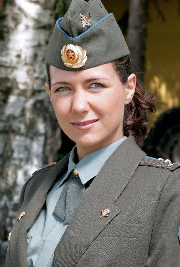 einzelne weibliche Marinesoldaten