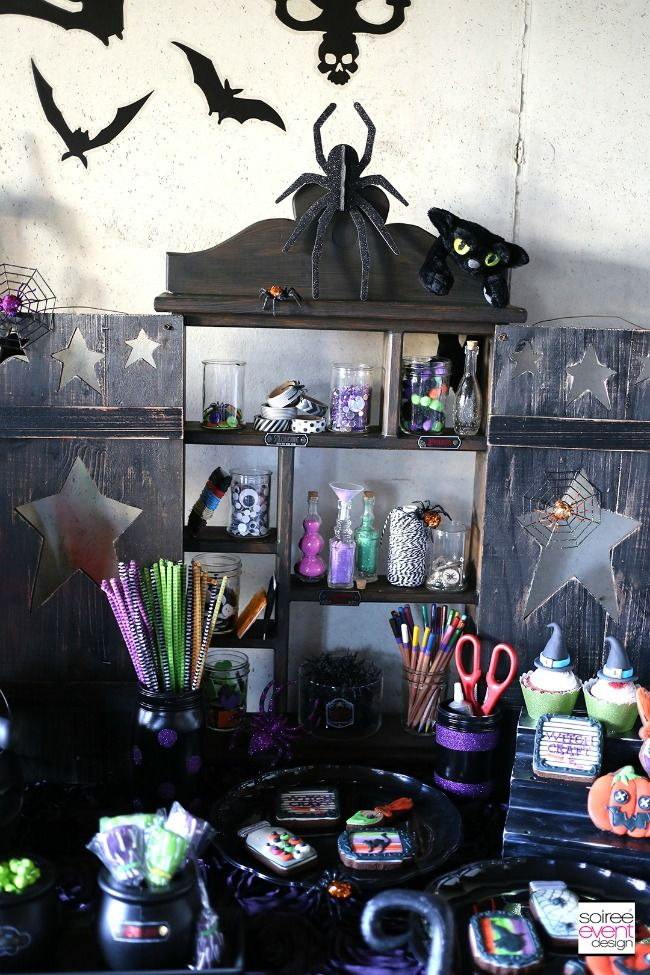 halloween tablescape and party ideas - Halloween Decorations For A Party