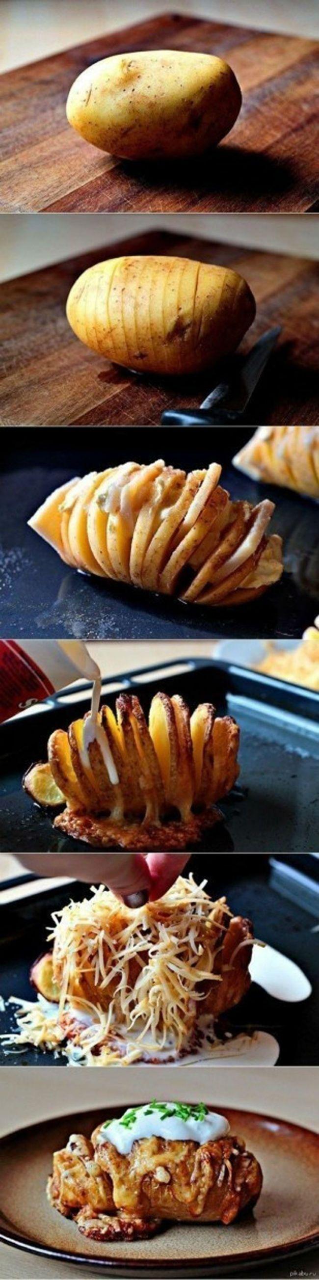 Надоел обычный запеченный картофель? Вот тебе очень вкусный совет. Возьми картофелину, с делай в ней надрезы и помести в них сыр, бекон, соус, зелень по вкусу и запекай в духовке. Божественное блюдо из привычных продуктов готово!12 креативных методов подачи привычных блюд