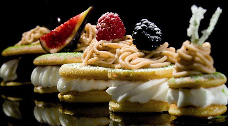 Top 10 Places for Delectable Desserts Across Delhi/NCR | Diva Says #DivaSays #Delhi #NCR #drinks #food #desserts #sweets #sugarcraving