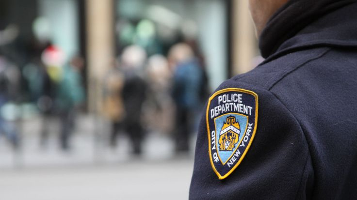 The NYPD is requiring top officers to take lessons in social media use, following several recent Twitter controversies, according to a new report.
