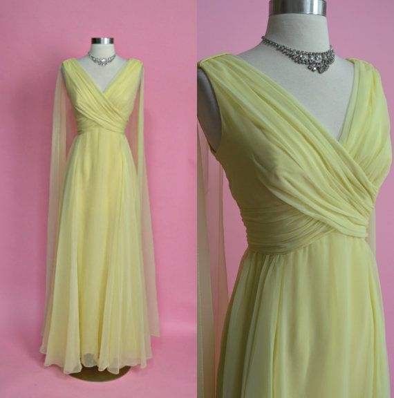 MISS ELLIETTE 1960's Vintage Light Yellow by RubyFayesVintage