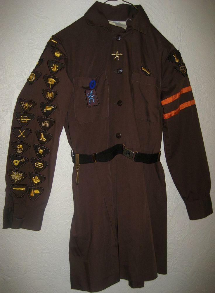Vintage Girl Guides Canada Brownie Uniform 26 Badges Belt Beret HAT Pins Brown   eBay 1980s?