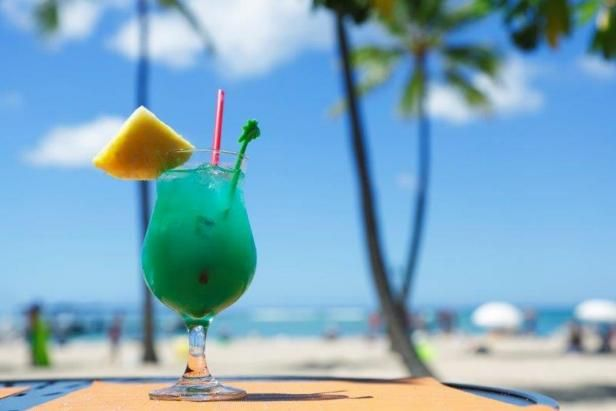 Learn more about your favorite pool drinks and where they were born.