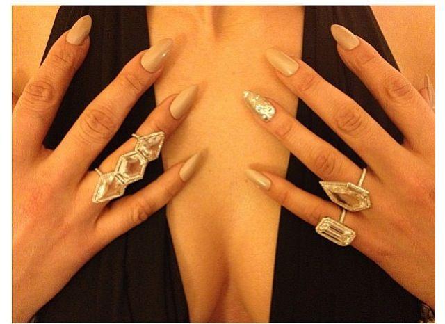 80 best Celebrity Nail Fashion images on Pinterest ...