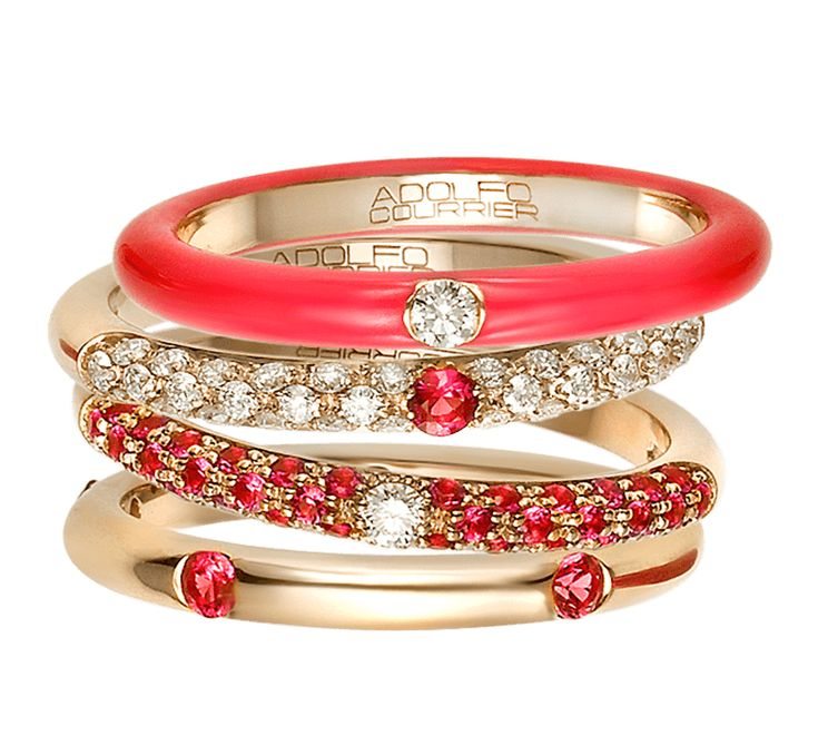 Модный аксессуар, который создан для творческих натур. Золотые кольца с бриллиантами станут неотъемлемой деталью вашего образа. Привлекательное и очень стильное украшение подойдет к праздничному и будничному образу. Цветовая палитра подарит яркое настроение, красный цвет выглядит пикантно.