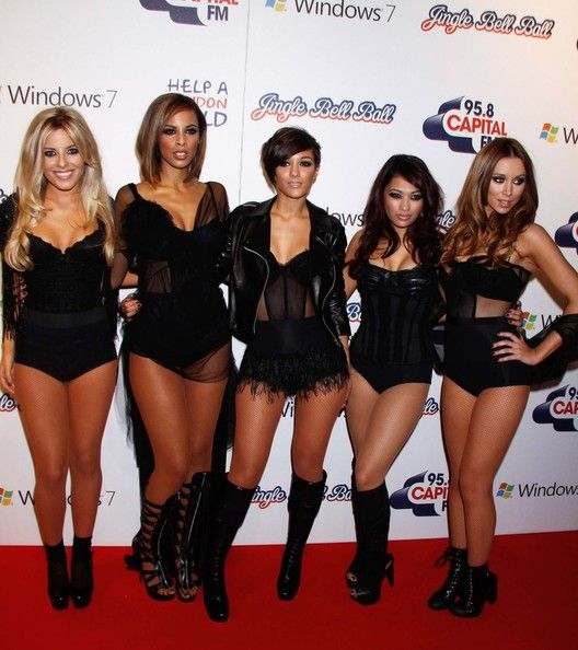 Frankie Sandford Photos Photos - (UK TABLOID NEWSPAPERS OUT) Rochelle Wiseman, Vanessa White, Una Healy, Molly King and Frankie Sandford of The Saturdays attend the Capital FM Jingle Bell Ball - Day 1 at 02 Arena on December 5, 2009 in London, England. - Capital FM Jingle Bell Ball - Day 1
