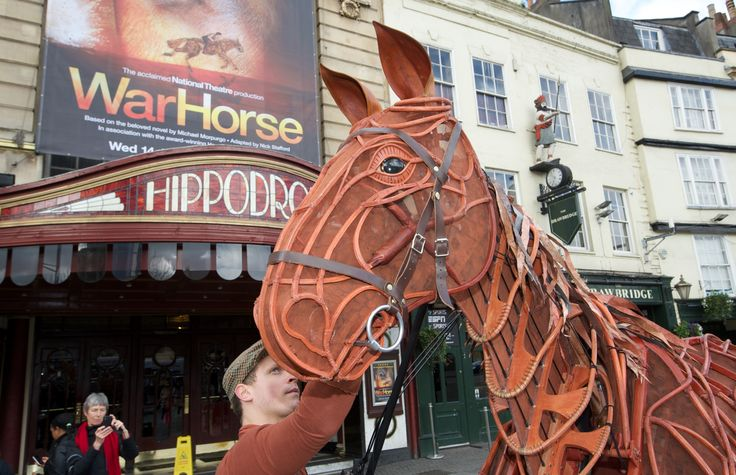 Joey arrives at The Bristol Hippodrome! He is here from the 14th of Jan until the 14th of Feb!