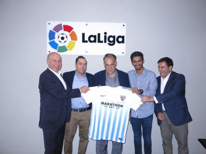 El Málaga CF sigue extendiendo sus miras y su imagen más allá de nuestras fronteras y si, recientemente, el consejero del club Nayef Al Thani y el asesor de Presidencia Carlos Pérez se reunieron con las principales instituciones futbolísticas de Estados Unidos, en esta ocasión el destino del club es Sudáfrica. @Malaga #9ine