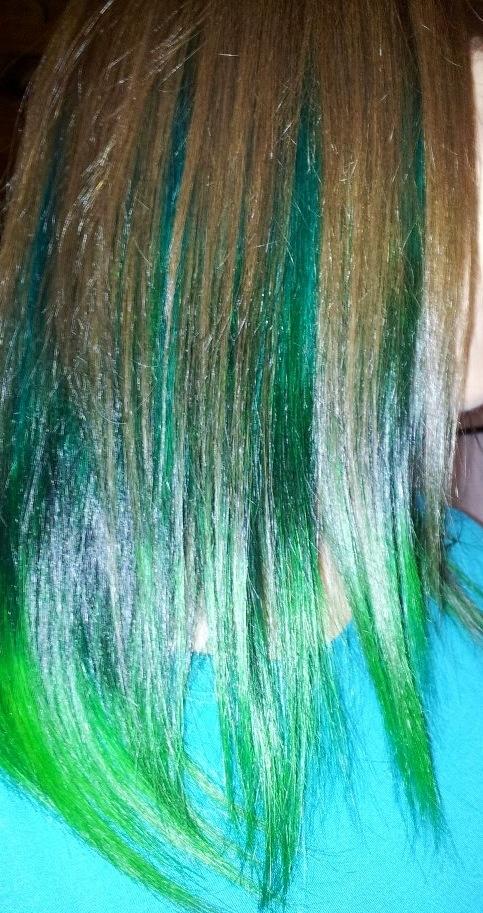 Green Hair, BY Anna José