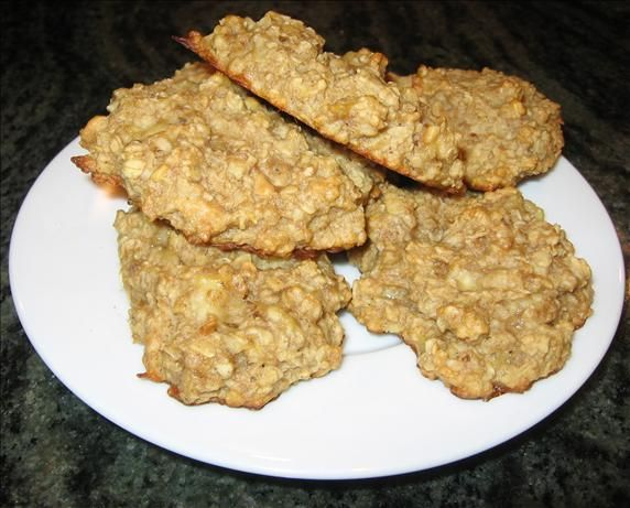 ridiculously healthy oatmeal banana cookies - bake at 350, substituted 4 T of brown sugar for splenda, added 1t cinnamon, 1/3 cup raisin, 1/4 t salt