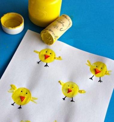 Wine cork stamp chicks - fun Easter kids craft ieda // Csibék parafadugó nyomdával - húsvéti ötlet gyerekeknek // Mindy - craft tutorial collection