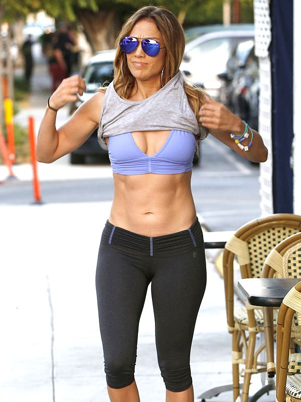 Jennifer Lopez's Abs are Better Than Ever: Here's a Photo to Prove It http://stylenews.peoplestylewatch.com/2014/10/10/jennifer-lopez-abs-workout-photos/