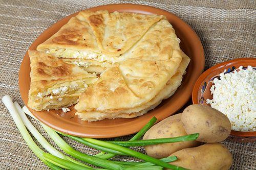 Plăcinte cu brînză de vaci şi cartofi - Paste făinoase şi produse de patiserie