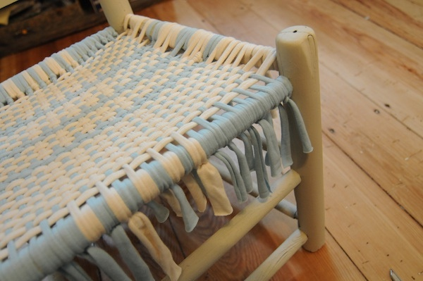 upcycle a broken chair by weaving t-shirt . OMG...so many of these type chairs in the garden. Then scotch guard it