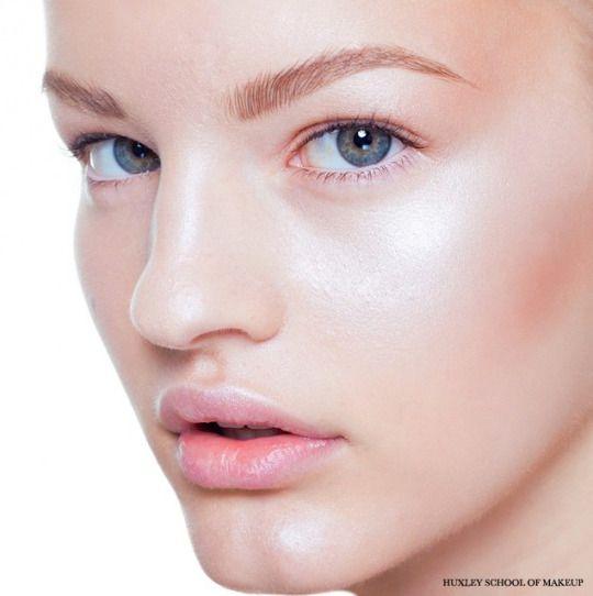 Huxley School of Makeup