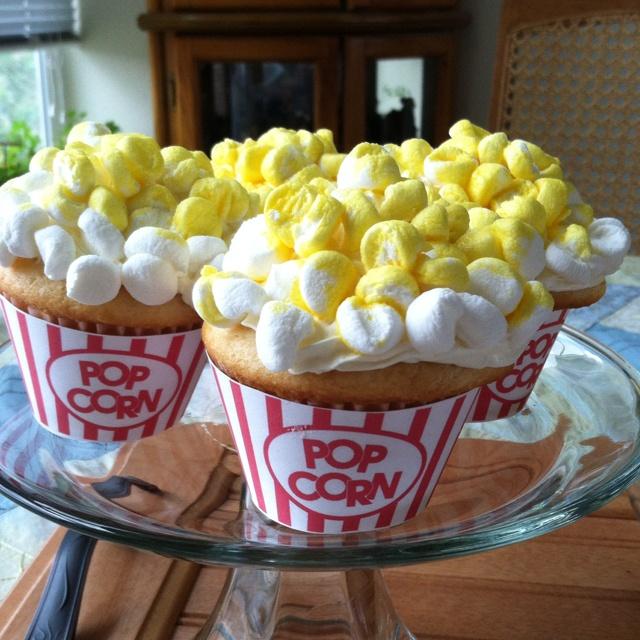 Trinity 11 th birthday party cupcakes