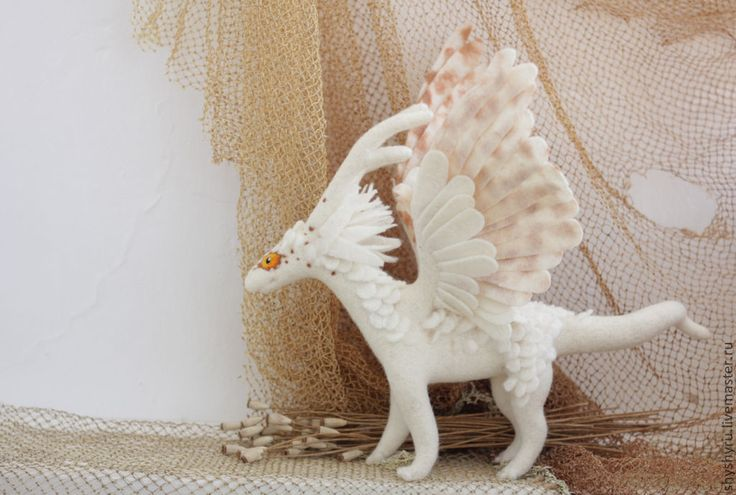 Купить Белая степная лань Аха, валяная драконица - белый, дракон, дракон игрушка